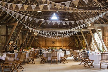 Large charming country barn event