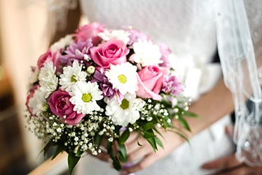 Simple pink and white bouquet